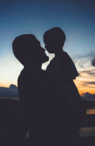 Upadlosc konsumencka - ojciec bohater